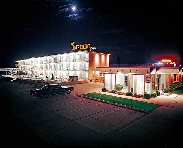 UNS: Architecture: Road Trip, The Golden Age of the Motel