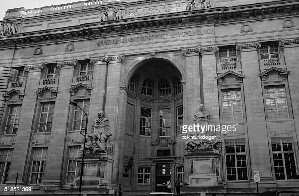 インペリアルカレッジの建物に位置し、ロンドンの英国イギリス、ロンドン) - ケンジントン・アンド・チェルシー区 ストックフォトと画像