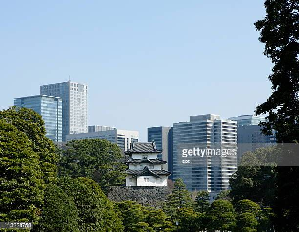 imperial palace background skyscraper - imperial palace tokyo stock pictures, royalty-free photos & images
