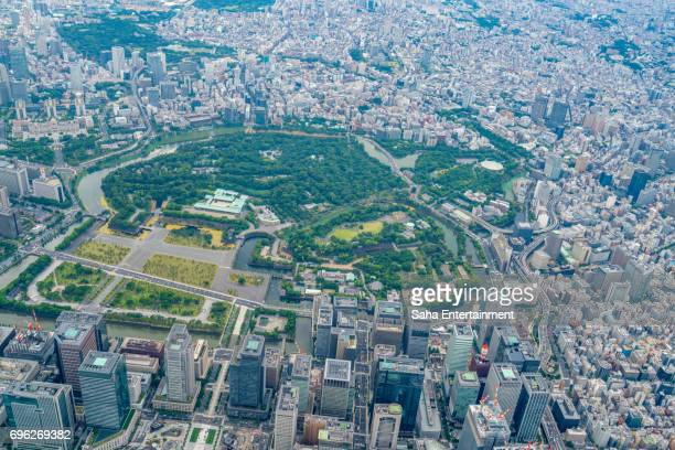 imperial palace bird's eye view - imperial palace tokyo stock photos and pictures