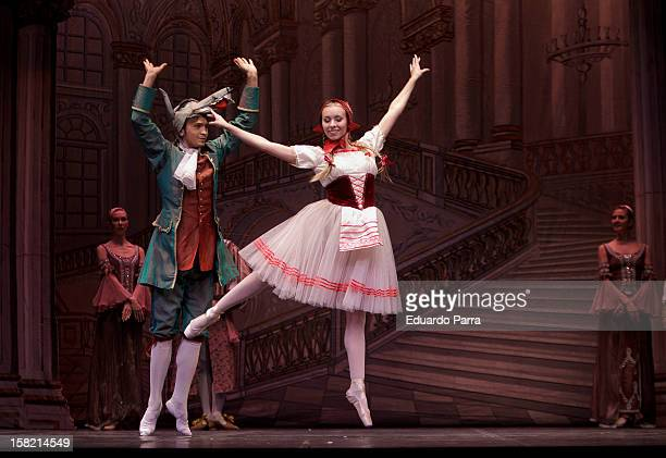 Imperial Russian Ballet dancers rehearse for journalists for a show that will premiere in Madrid Christmas 2012 at New Apolo theatre on December 11,...