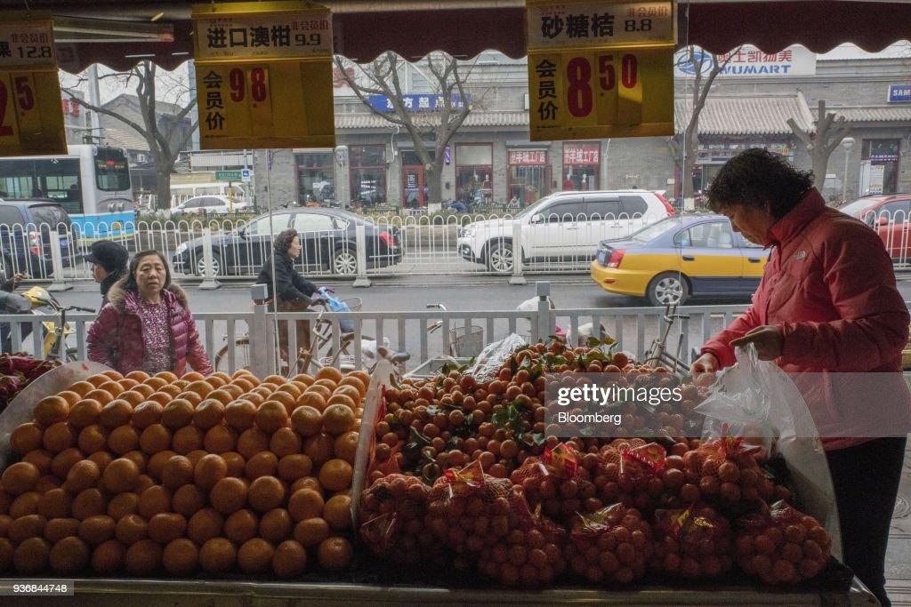 Retail Economy as China Hits Back at Trump Tariffs