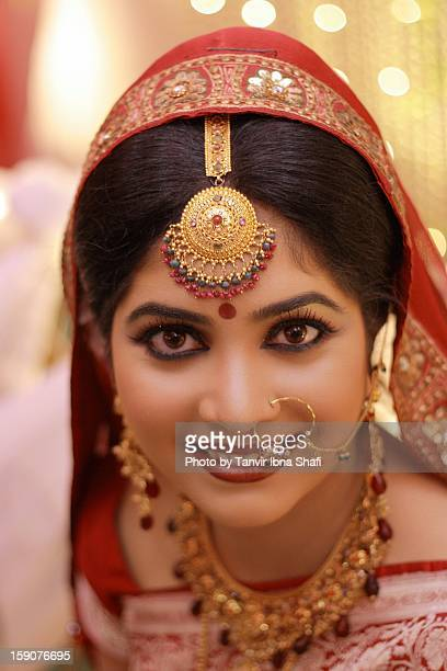 imposing eyes - bangladeshi bride stock photos and pictures