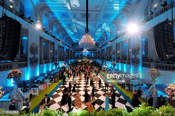 Impression of 2nd Fete Imperial as a benefit event for the famous Spanish Riding School at imperial Vienna Hofburg Palace on July 7 2001 in Vienna...