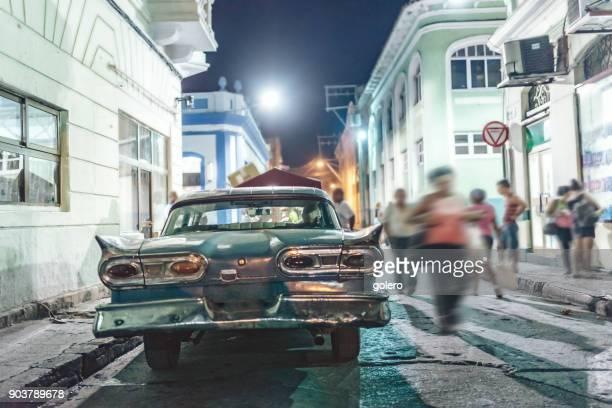 Eindruck der Straßen von Santiago De Cuba in der Nacht