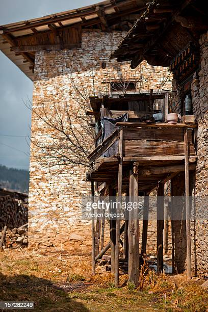 improvised balcony - merten snijders stock-fotos und bilder