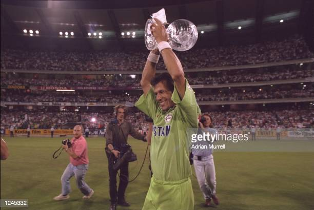 Imran Khan of Pakistan lifts the World Cup after Pakistan beat England in the final at Melbourne