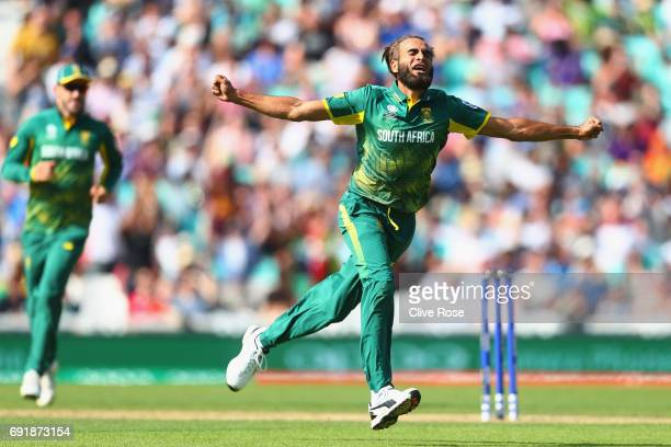 Imran Tahir of South Africa celebrates the wicket of Chamara Kapugedera of Sri Lanka during the ICC Champions trophy cricket match between Sri Lanka...