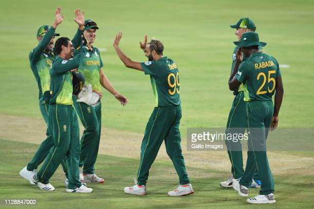Imran Tahir of South Africa celebrates the wicket of Thisara Perera of Sri Lanka during the 2nd Momentum ODI match between South Africa and Sri Lanka...