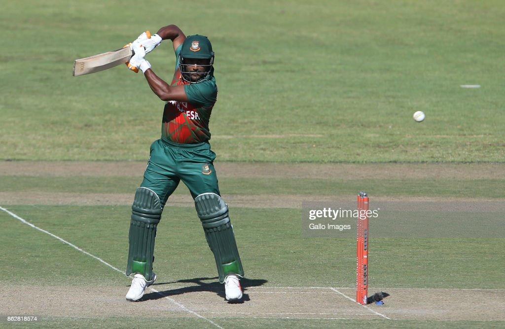 2nd Momentum ODI: South Africa v Bangladesh : News Photo
