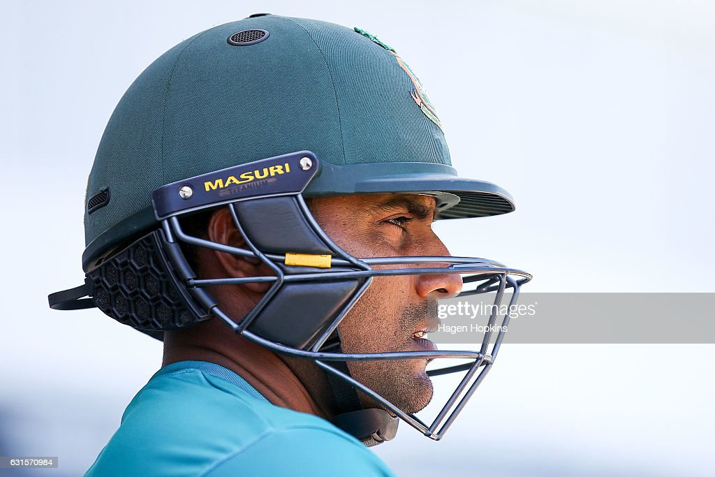 New Zealand v Bangladesh - 1st Test: Day 2 : News Photo
