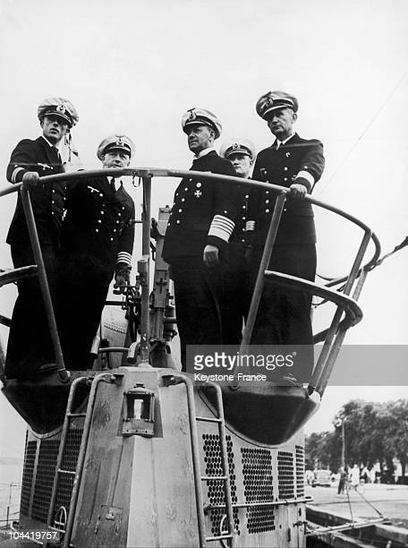 In 1939 On The Turret Of A Submarine The Admiral Raeder And Commodore Donitz Are Taking Part In A Military Operation