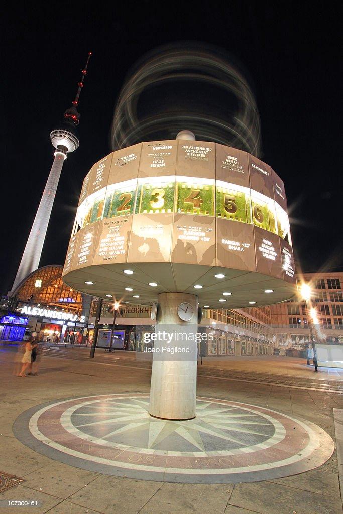 Weltzeituhr 'The World Clock' at Alexander Platz : News Photo