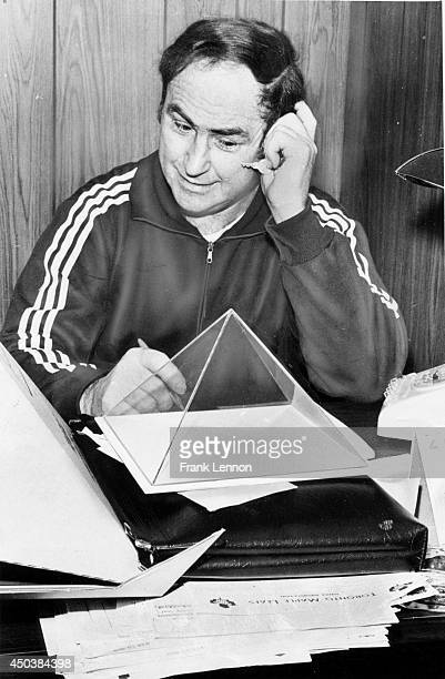 In 1976 Red Kelly introduced the Toronto Maple Leafs to pyramid power