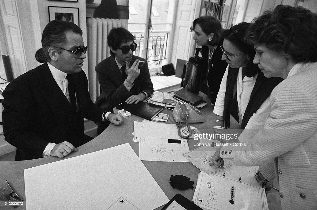 Karl Lagerfeld's first year at Chanel : News Photo