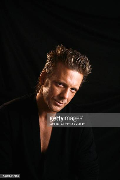 In 1987, American actor Mickey Rourke starred in the films Barfly directed by Barbet Schroeder, Angel Heart by Alan Parker, and Homeboy by Michael Seresin.