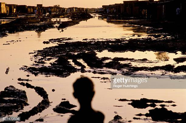 In 1988 the Blue Nile flooded and burst.Its banks sweeping away many homes in Khartoum