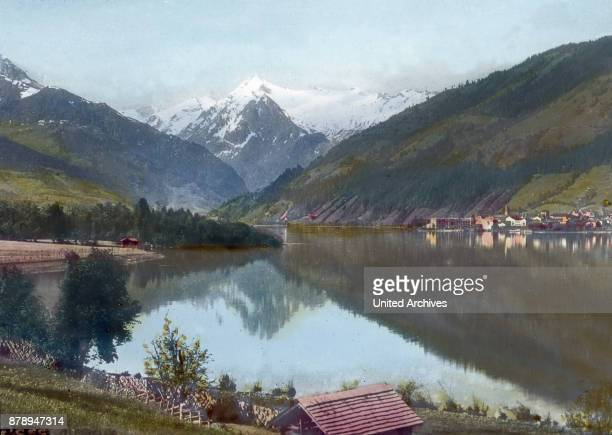 In actual Salzburg is see the lovely Zell am See we dominated from the snowy Kitzsteinhorn before us one of the most beautiful places Zell am See is...