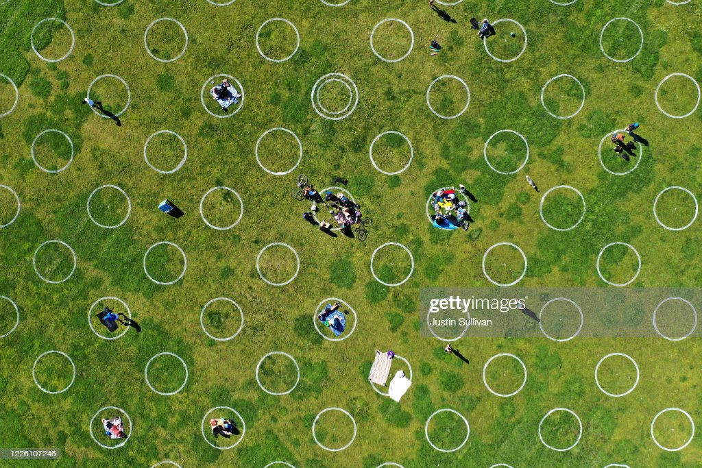 Mission Dolores Park In San Francisco Encourages Social Distancing With Marked Circles : News Photo