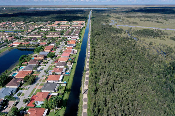 FL: Miami-Dade County Plans To Build Highway Through Everglades Angers Environmentalists