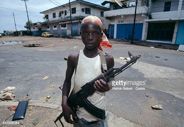 In April 1996 the Liberian State Council sent policemilitia to arrest Prince Roosevelt Johnson on murder charges As a direct result fighting broke...