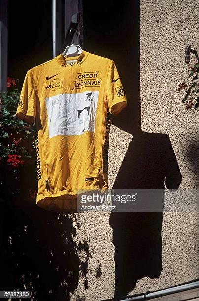 FRANCE 1998 RUHETAG in ARIEGE GELBES TRIKOT