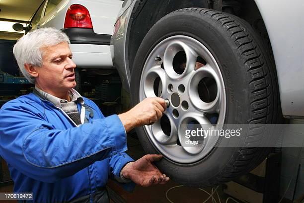 オートメカニックリペアー shop.Car では、タイヤの変更