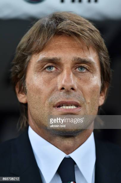 FUSSBALL INTERNATIONALES TESTSPIEL in Bari Italien Holland Trainer Antonio Conte