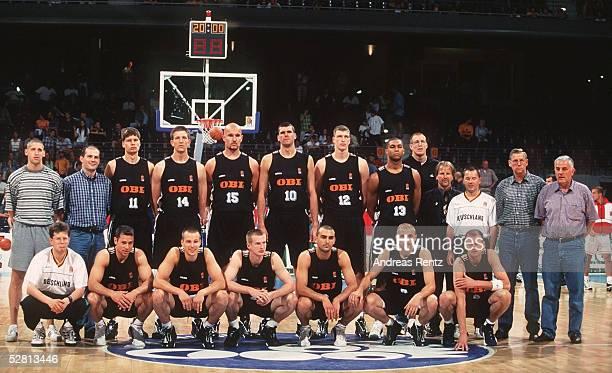 BASKETBALL SUPERCUP 1997 in BERLIN/GER 060697 DBB AUSWAHL GER TEAM DEUTSCHE NATIONALMANNSCHAFT MANNSCHAFTSFOTO TEAMFOTO obere Reihe vlks Gerrit...