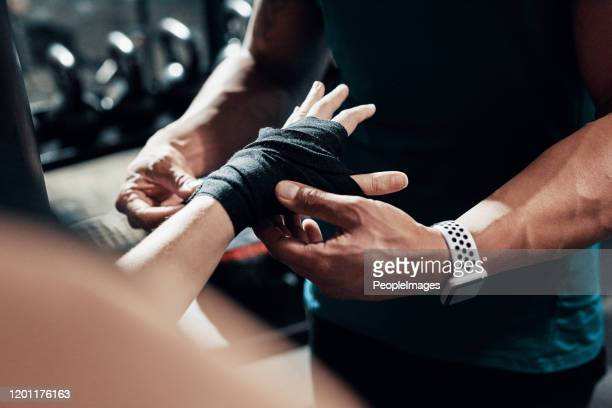 im boxen steht sicherheit an erster stelle - sportsperson stock-fotos und bilder