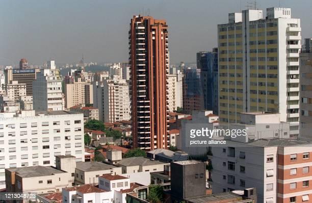 In Brasiliens Industriemetropole Sao Paulo wird am der zweite Lauf zur Formel 1Weltmeisterschaft ausgetragen In der Stadt leben mehr als 19 Millionen...