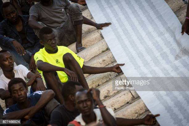 In Campidoglio Square the garrison organized by Baobab Experience a group of volunteers who has been in the capital for years in immigration...