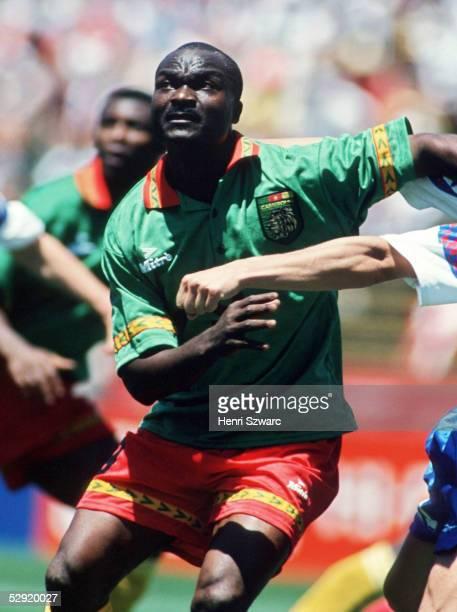 WM 1994 in den USA San Francisco Russland Kamerun 61 Roger MILLA/CMR