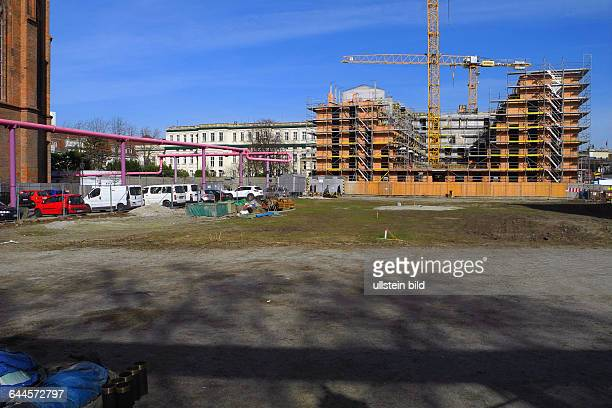 In der rbbAbendschau wurde auf die katastrophale Situation der SchinkelKirche in Berlins historischer Mitte am Werderschen Markt Baustelle der...