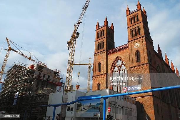 In der rbbAbendschau wurde auf die katastrophaleSituation der SchinkelKirche in Berlins historischer Mitte am Werderschen Markt Baustelle der...