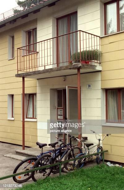 In diesem Haus im oberbayerischen Geretsried soll am 781997 ein 79jähriger Spätaussiedler seine 92jährige Schwester in der Badewanne ertränkt haben...
