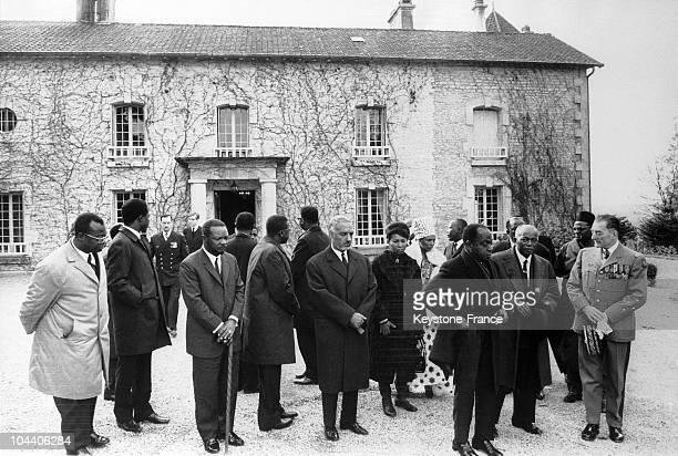 In front of the Boisserie at ColombeylesdeuxEglises The Centrafrican president Jean Bedel BOKASSA the Mauritanian head of state Makhtar Ulud DADAH...