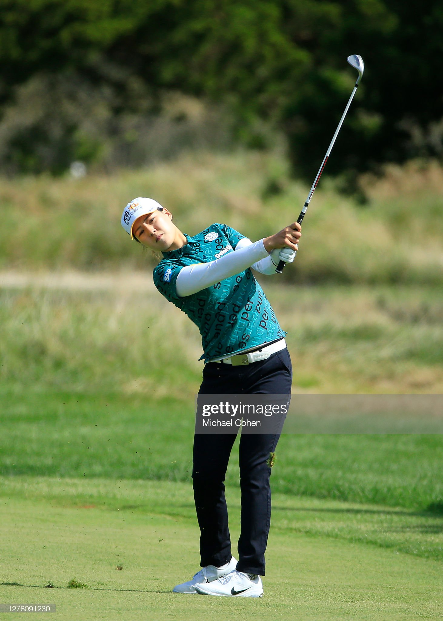 https://media.gettyimages.com/photos/in-gee-chun-of-korea-hits-her-third-shot-on-the-ninth-hole-during-the-picture-id1278091230?s=2048x2048