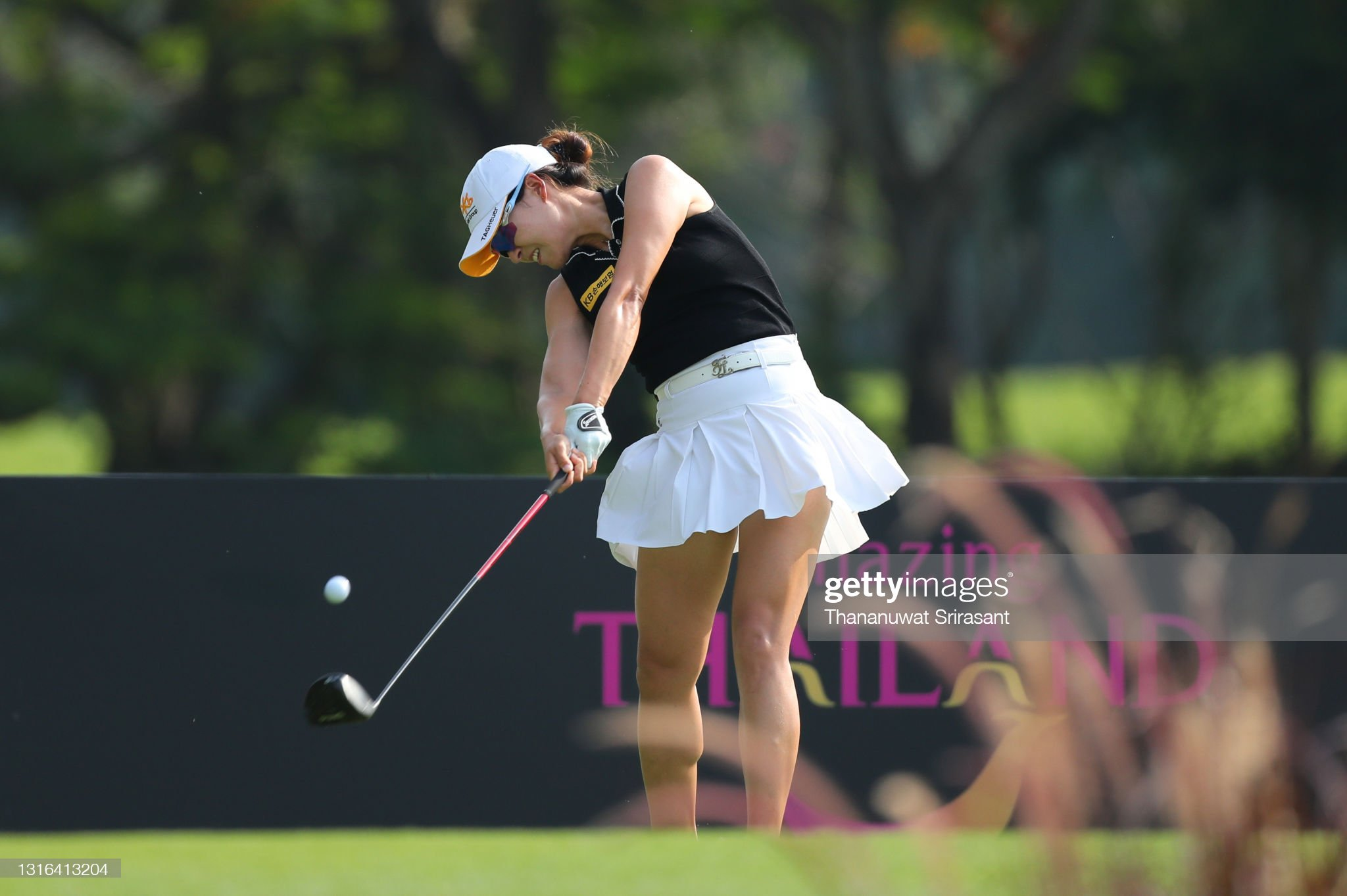 https://media.gettyimages.com/photos/in-gee-chun-of-republic-of-korea-tees-off-during-the-practice-round-picture-id1316413204?s=2048x2048