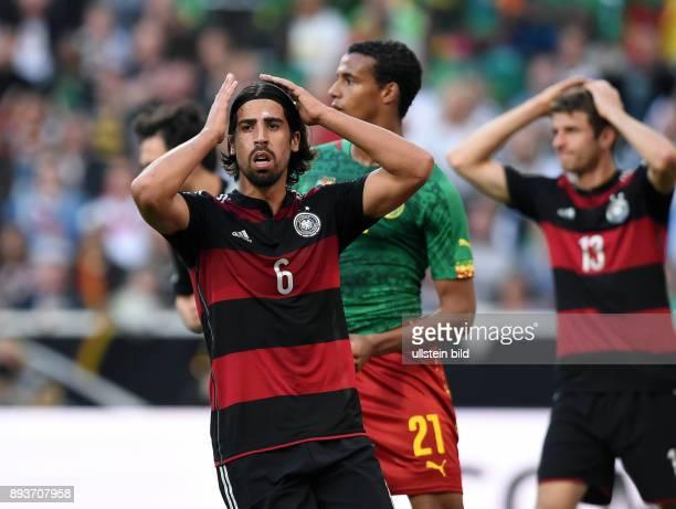 FUSSBALL INTERNATIONALES TESTSPIEL in Gladbach Deutschland Kamerun Sami Khedira enttaeuscht