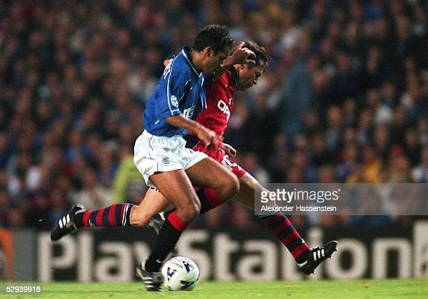 LEAGUE 99/00 in Glasgow FC GLASGOW RANGERS FC BAYERN MUENCHEN 11 Giovanni VAN BRONCKHORST/GLASGOW Lothar MATTHAEUS/BAYERN