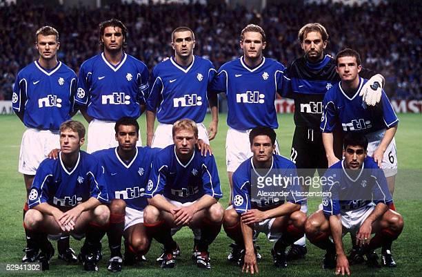 LEAGUE 99/00 in Glasgow FC GLASGOW RANGERS FC BAYERN MUENCHEN 11 MANNSCHAFTSFOTO/TEAMFOTO/TEAM GLASGOW RANGERS hintere Reihe vlks Arthur NUMAN...