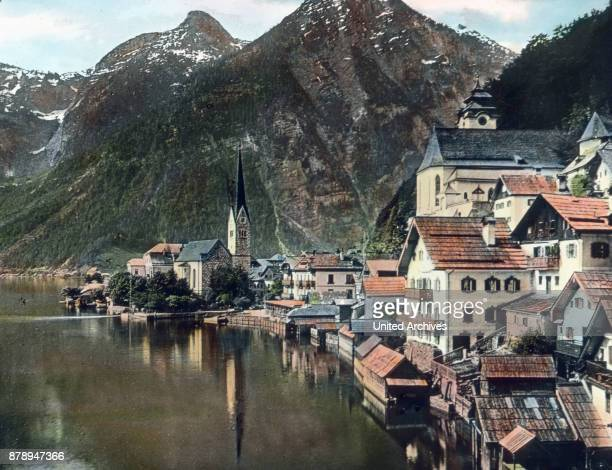 In Hallstatt we are now back in the Salzkammergut region and indeed in the territory of the federal state of Upper Austria Hallstatt is gorgeous on...