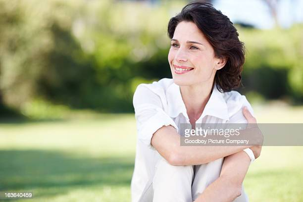in ihrem element - one mature woman only stock-fotos und bilder