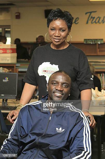 In honor of NEA's Read Across America Day multi platinum selling artist Akon and his mother Kine Gueye Thiam President of the Konfidence Foundation...