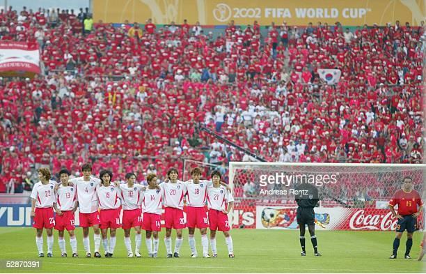 WM 2002 in JAPAN und KOREA Gwangju Match 59/VIERTELFINALE/SPANIEN KOREA 35 nE TEAM MANNSCHAFT AUFSTELLUNG SUEDKOREA