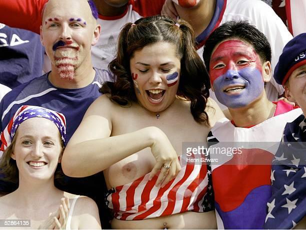WM 2002 in JAPAN und KOREA Jeonju Match 53/ACHTELFINALE/MEXIKO USA 02 USA FANS