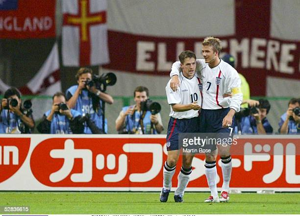 WM 2002 in JAPAN und KOREA Niigata MATCH 50/ACHTELFINALE/DAENEMARK ENGLAND 03 Michael OWEN David BECKHAM/ENG