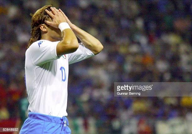 WM 2002 in JAPAN und KOREA Oita GRUPPE G/MEXIKO ITALIEN 11 Francesco TOTTI/ITA