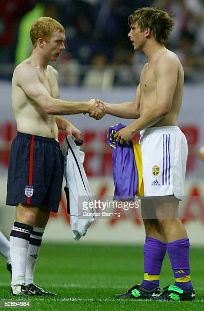 WM 2002 in JAPAN und KOREA Saitama GRUPPE F/ENGLAND SCHWEDEN 11 Paul SCHOLES/ENG Anders SVENSSON/SWE